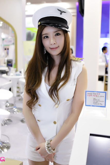 2 Lee Yeon Ah at SIDEX 2012-very cute asian girl-girlcute4u.blogspot.com