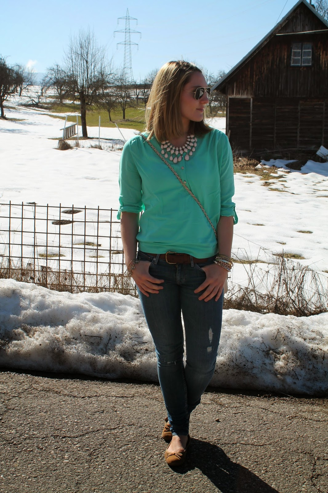 Fashionblogger Österreich Austria Kärnten Carinthia Klagenfurt Vienna Wien New Yorker Spring Collection Blouse Shirt H&M Jeans Statement Necklace Frühling 2014 Tommy Hilfiger Flats Ray Ban Aviator Blogger Streetstyle