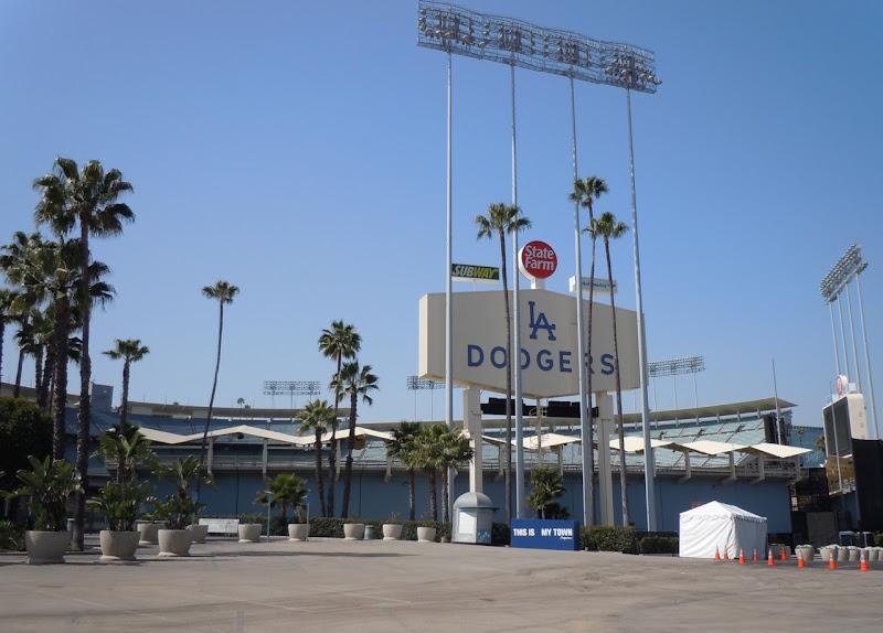 LA Marathon Expo Dodger Stadium