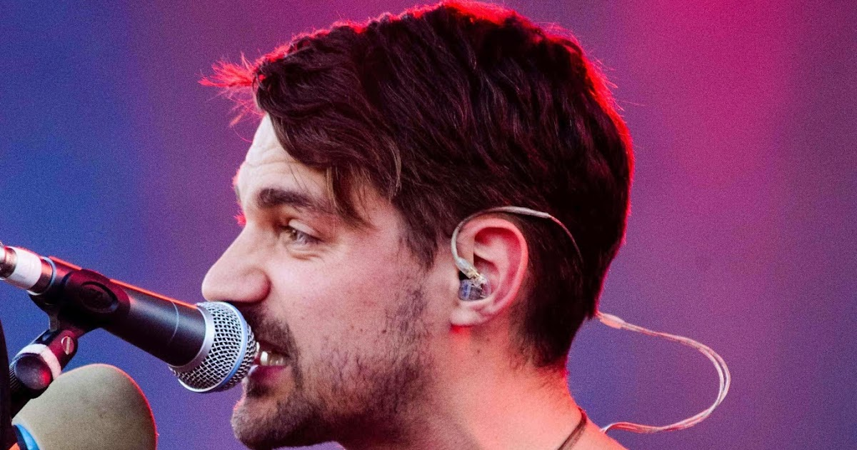 Fine One In Ten Words Stars And Hey Rosetta Announce Tour Dates New Hairstyle Inspiration Daily Dogsangcom