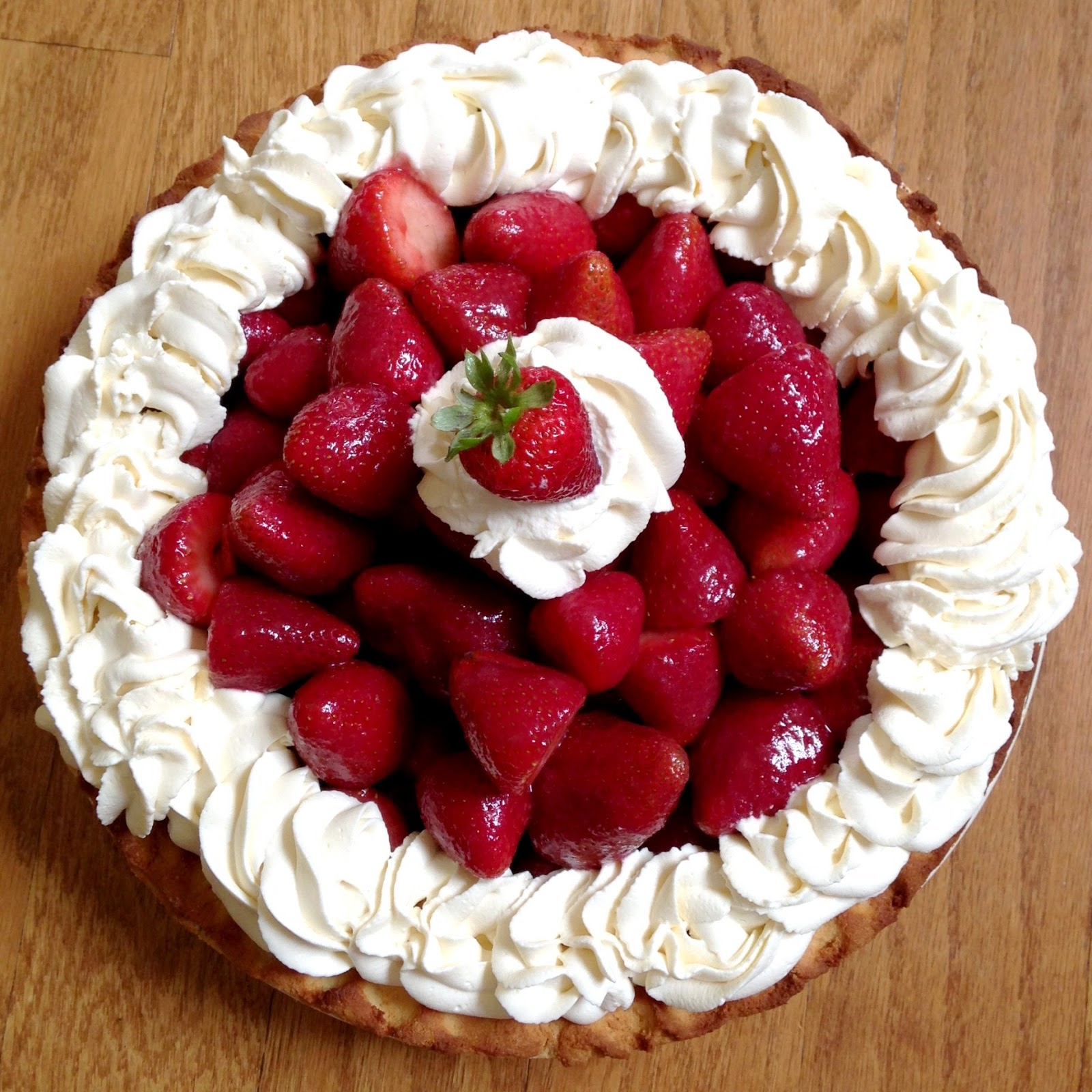 Strawberry Icebox Pie With Almond Crust Recipe — Dishmaps