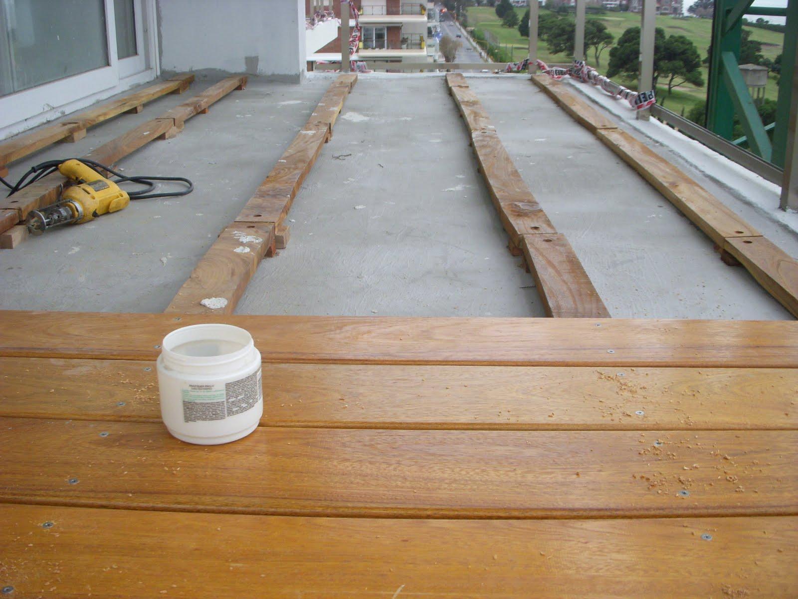 Pisos de madera decks en balcones Balcones madera exterior