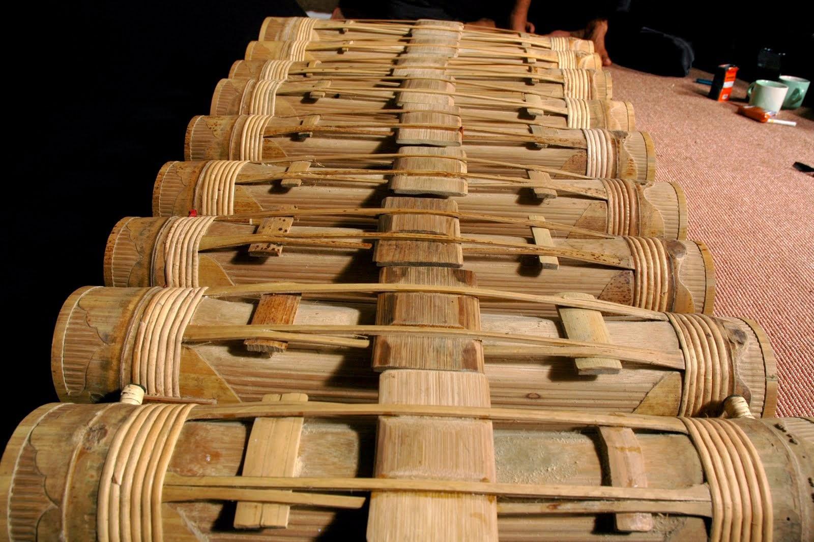 alat musik khas sunda karinding