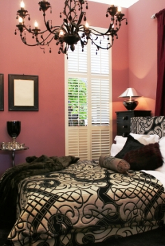 Pink And Black Bedroom Decor