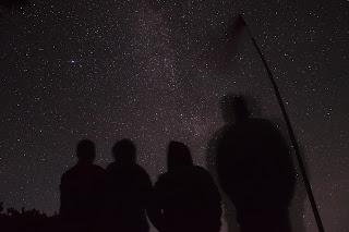 Indonesia Bagus | Indahnya Pesona Gunung Lawu di Malam Hari
