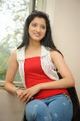 Richa Panai latest glamorous photos-thumbnail-11