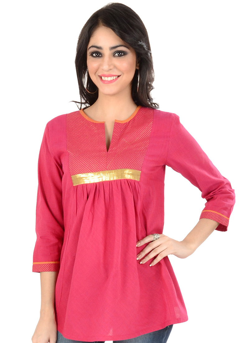 Buy stylish black or white tops for work which are made of silk, chiffon and cotton online. Tops from StyleWe range from vintage to street style. Prom Dresses. Tops New In Tops Best Selling Tops Pre Fall Tops Tunics.