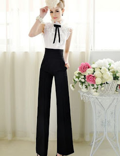 Pantalón de vestir con piernas anchas y cintura alta ajustada