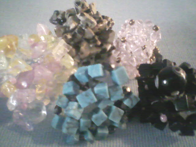 Anillos con cristales o cuarzos