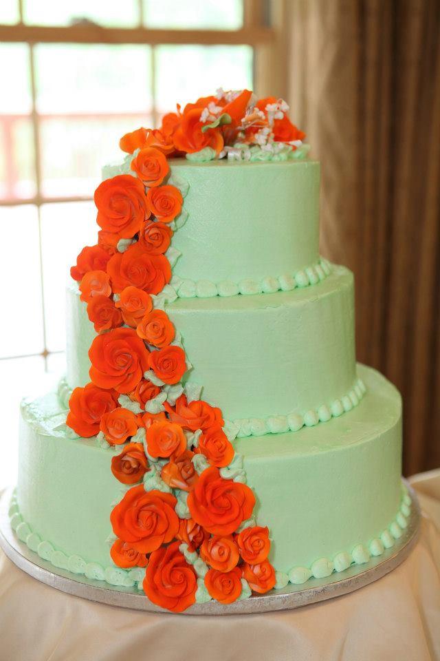 Свадебные торты с оранжевыми цветами
