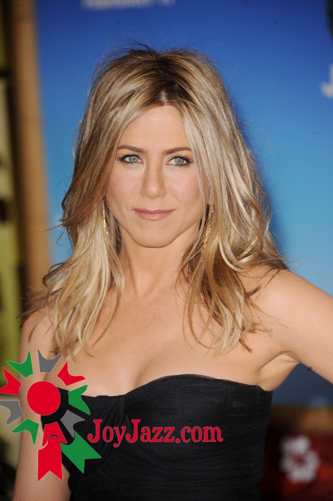 http://1.bp.blogspot.com/-Cl-_b17v_IY/TV5-ABtnwFI/AAAAAAAACl0/_LOWisPnVwc/s1600/Jennifer-Aniston-10.jpg