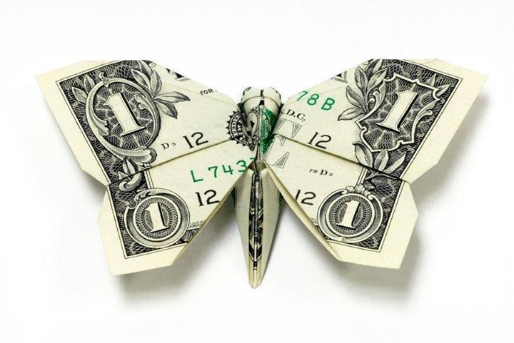 Origami Dollar bentuk kupu-kupu
