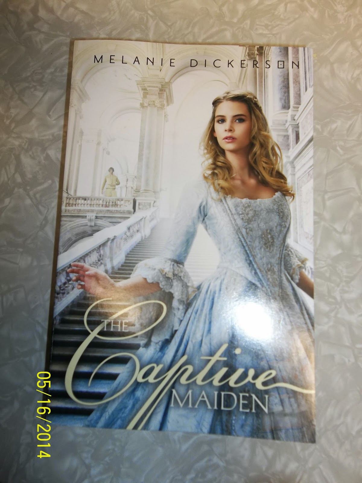 melanie dickerson s the captive maiden In author melanie dickerson's latest fairy-tale retelling, loosely based on beauty and the beast, annabel chapman is forced to work as an indentured servant at lord ranulf's manor house.