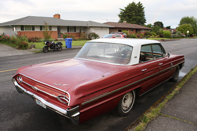 1962 Oldsmobile Super 88 Sedan.