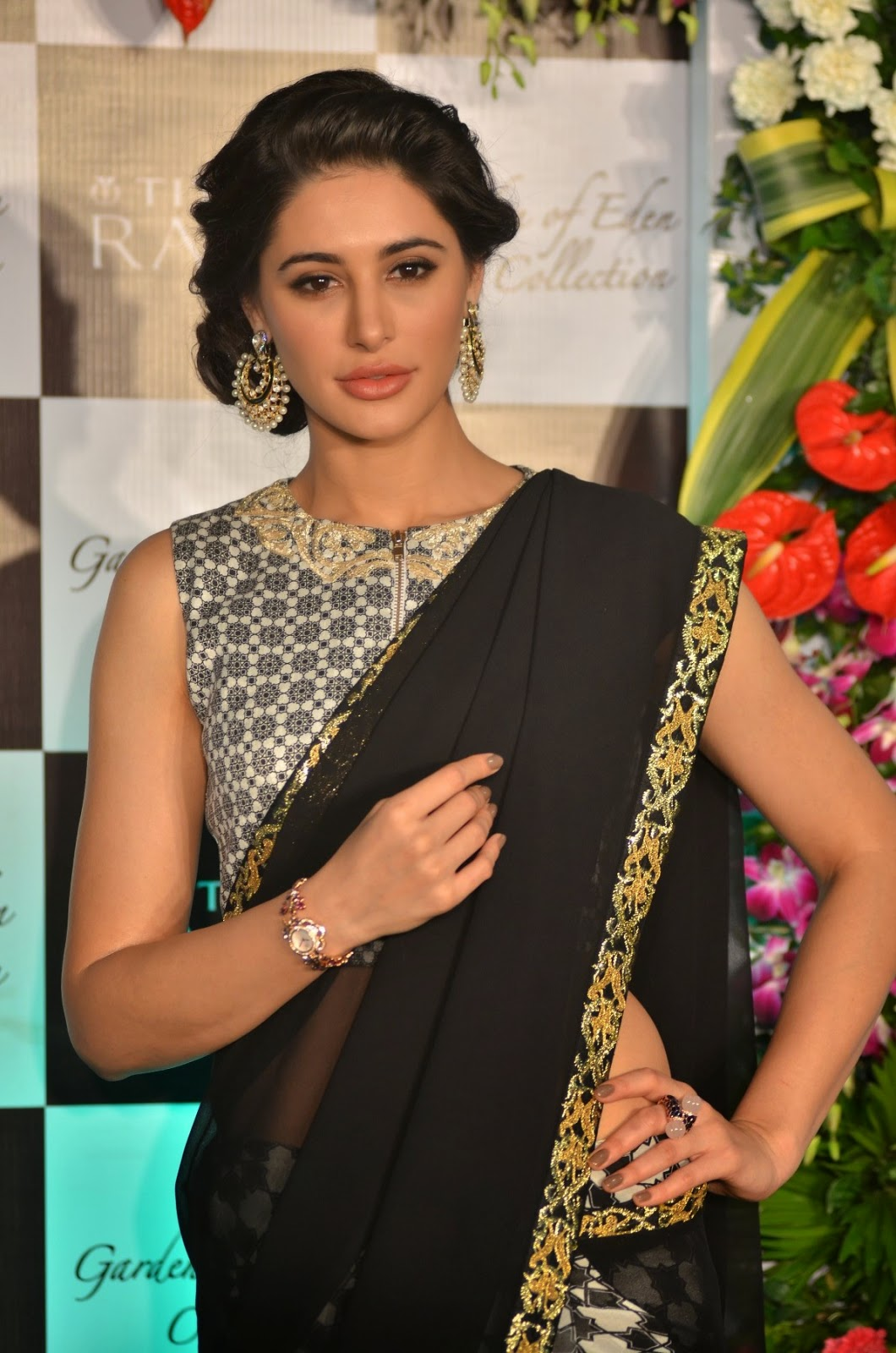 nargis fakhri transparent saree pics