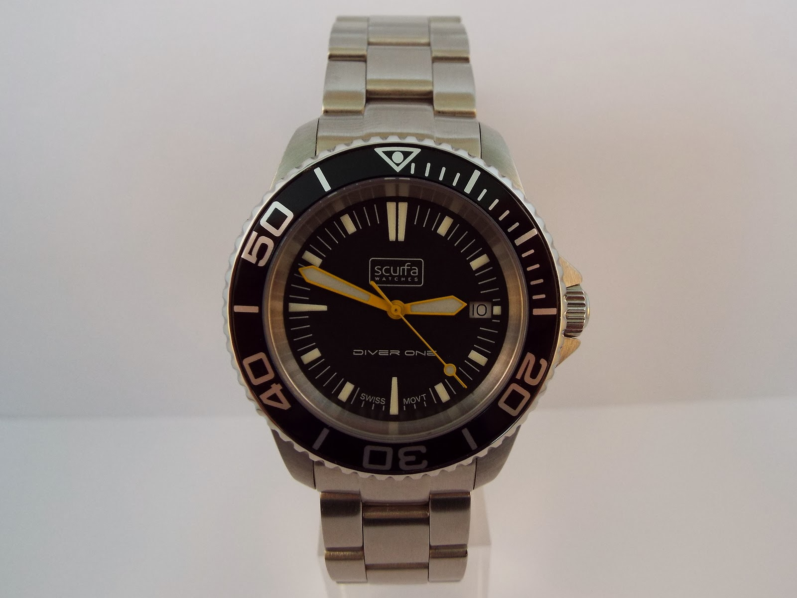 OceanicTime: SCURFA Watches Diver ONE [built for North Sea diving]