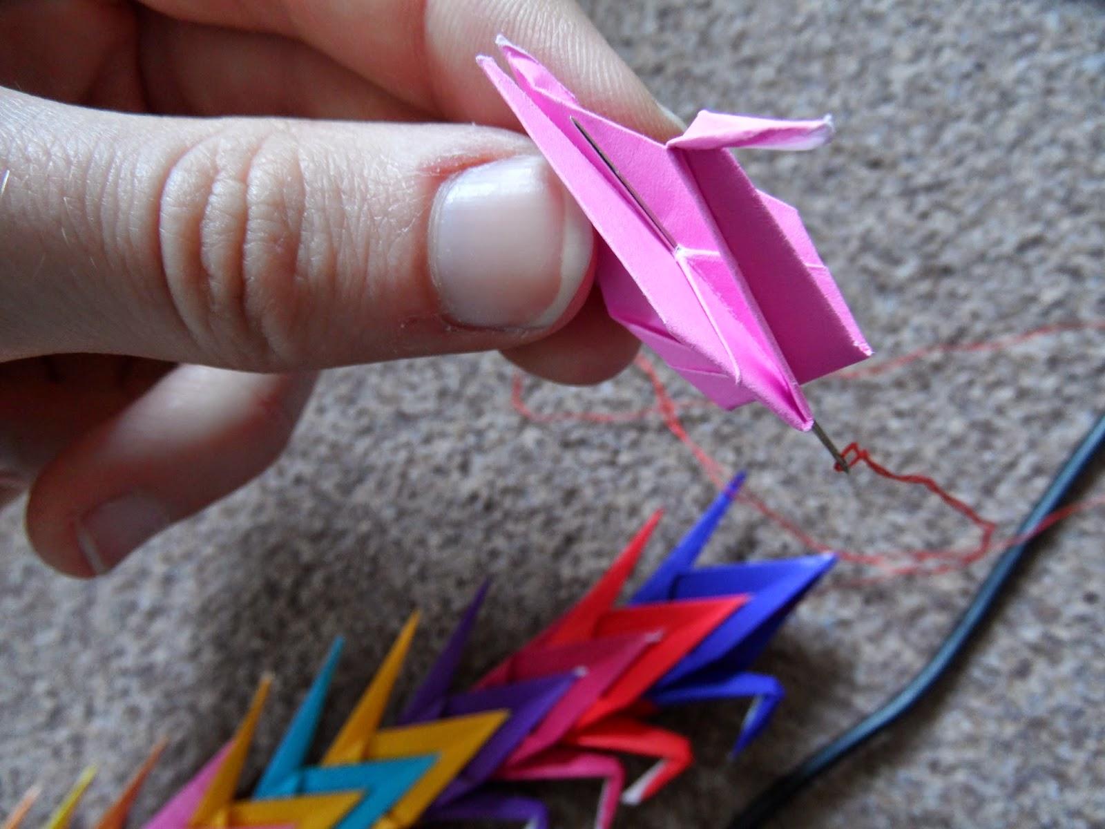 Senbazuru 1000 origami cranes threading