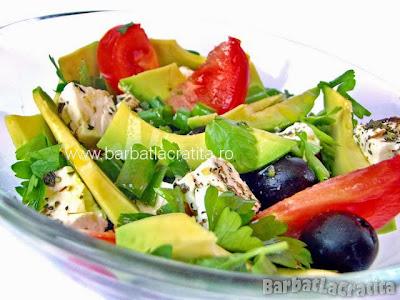 Salata cu avocado reteta