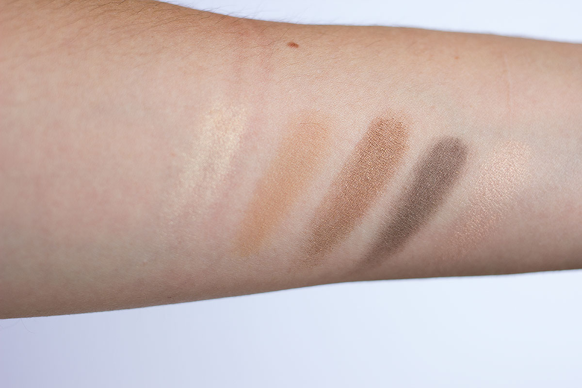 chanel-les-5-ombres-de-chanel-eyeshow-palette-in-entrelacs-swatches