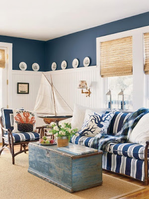 Chic Home Idea: Nautical style living room in white and blue