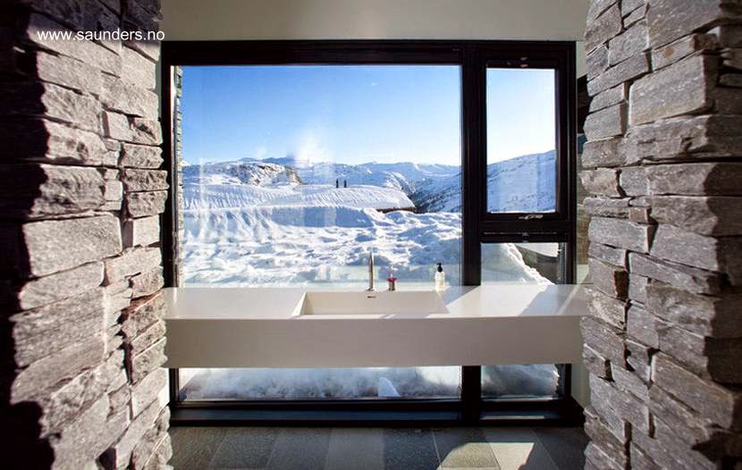 Baño en la moderna cabaña