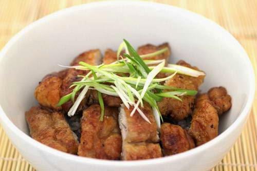 Vietnamese Chicken Recipes - Thịt Gà Chiên Tỏi Xì Dầu