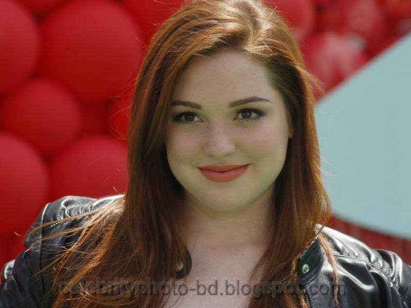 Actress+Jennifer+Stone+Hot+Photos002