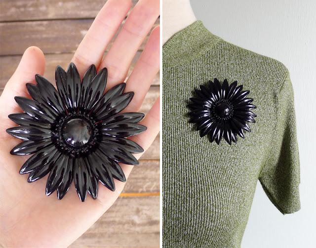 vintage 60's floral brooch pin