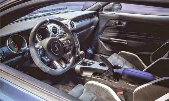 Ford Mustang Boss 302S Interior