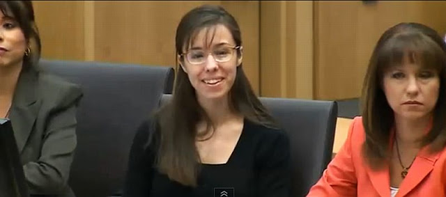 Jodi+Arias+keeps+on+smiling.jpg