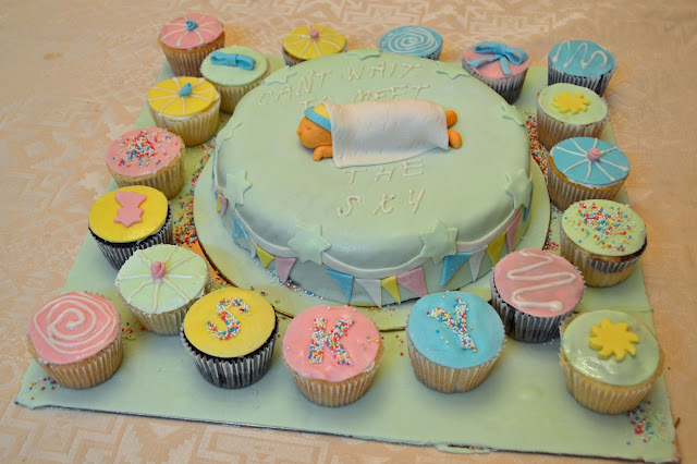 Baby Shower..Cakes & Cupcakes