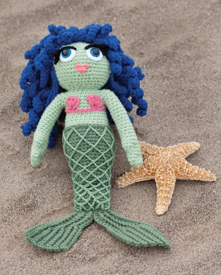 Amigurumi Mermaid Pattern : 2000 Free Amigurumi Patterns: Mermaid Houseguest: Free ...