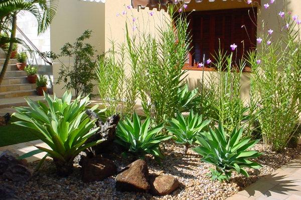 decoracao jardim pedras:DECORAÇÃO DE JARDIM COM PEDRAS