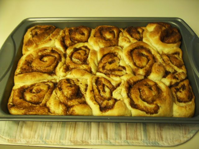 Cinnamon Rolls Without Icing