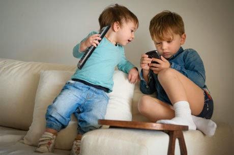Efek Buruk Kecanduan Smartphone yang Tidak Disadari
