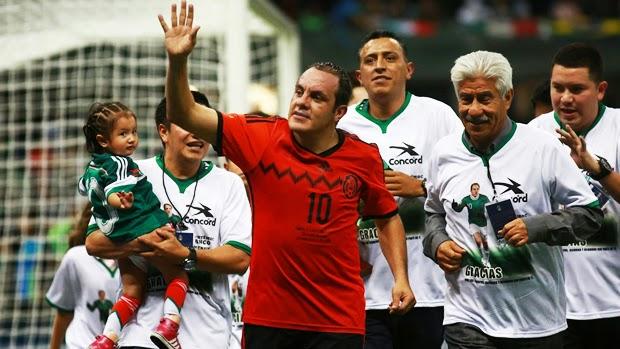 Homenaje y despedida de Cuahtémoc Blanco de la Selección nacional mexicana en el estadio Azteca 2014 | Ximinia