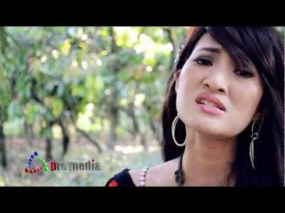 kirana Profil dan Foto Dewi Kirana Wanita Simpanan Ahmad Fathanah
