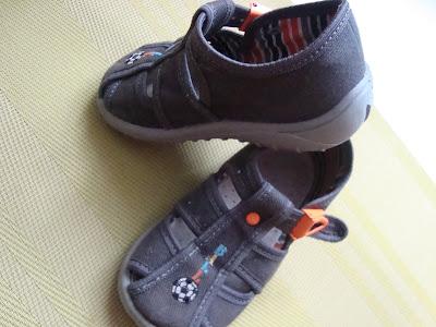 Jak prawidłowo dobrać rozmiar buta dla dziecka?