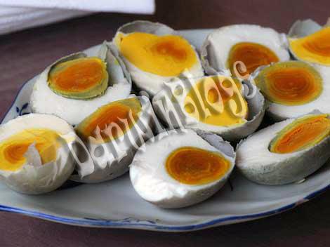 telur asin merupakan salah satu makanan telur yang sangat lezat sampai ...