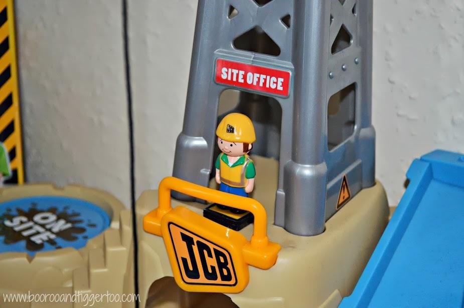 JCB On Site Charlie Crane Playset