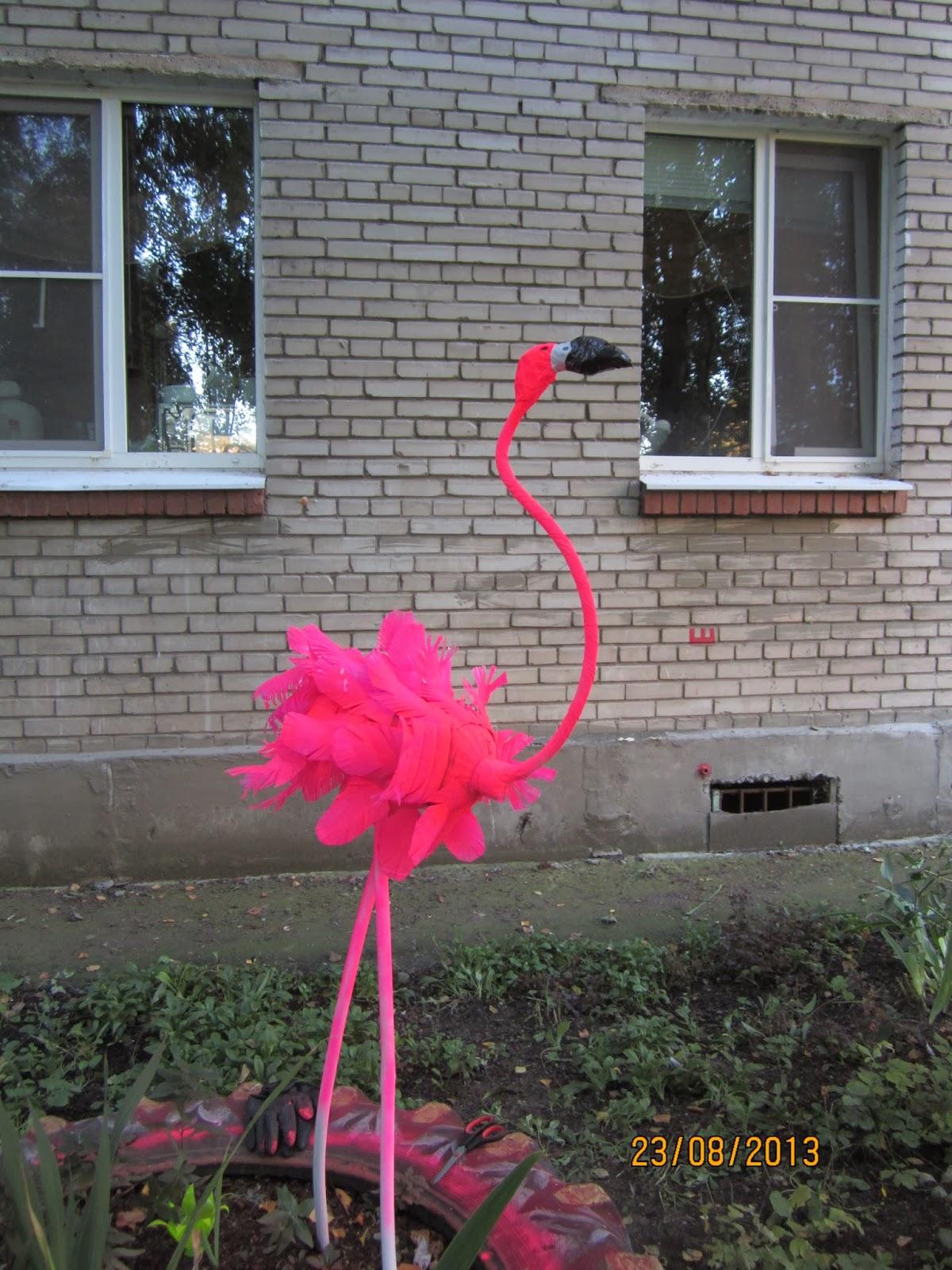 Фламинго из пластиковых бутылок пошаговая инструкция фото