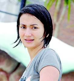 Foto Hot Wanda Hamidah Pacar Raffi Ahmad