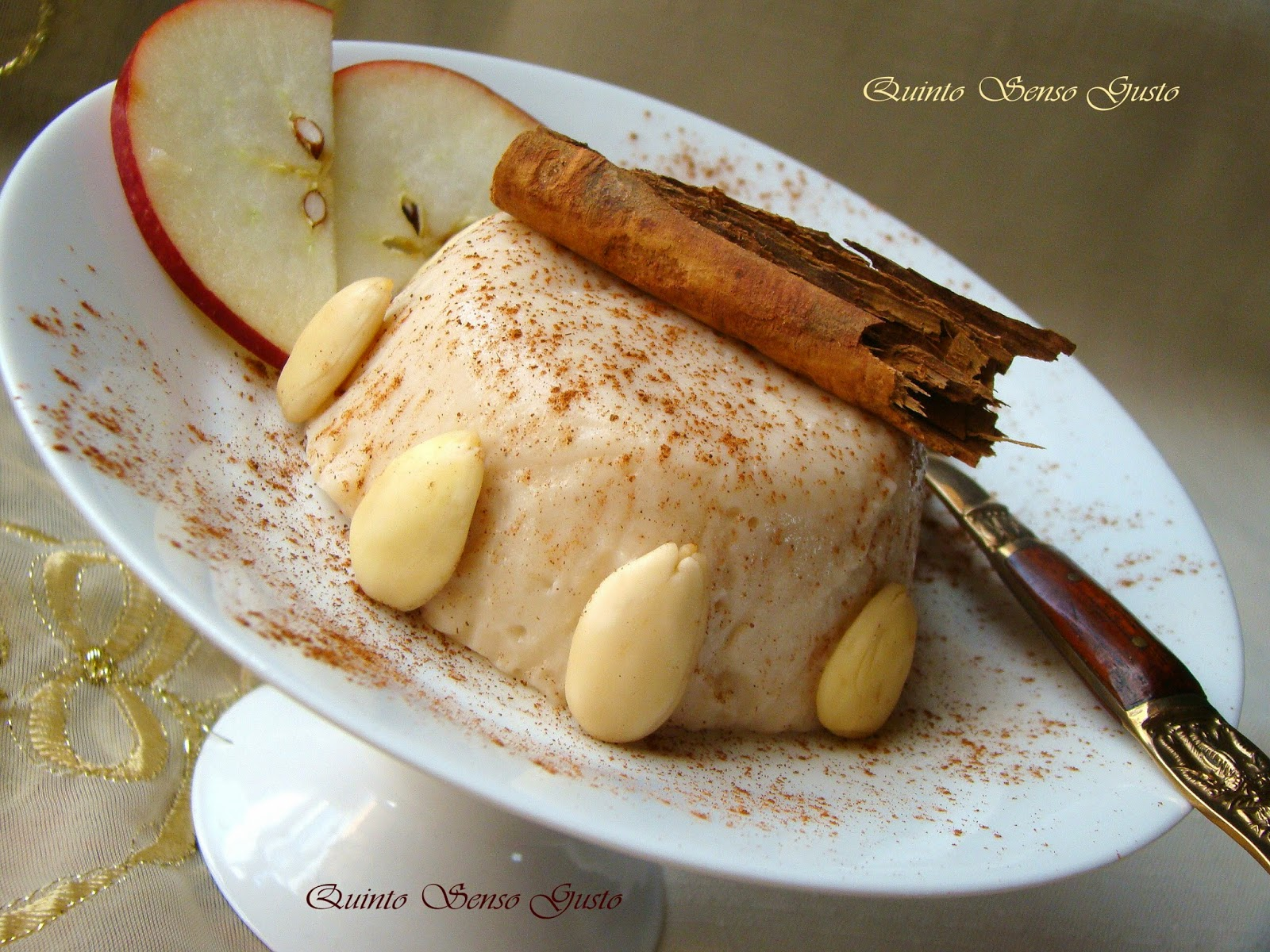 flan alla mela annurca mandorla e cannella