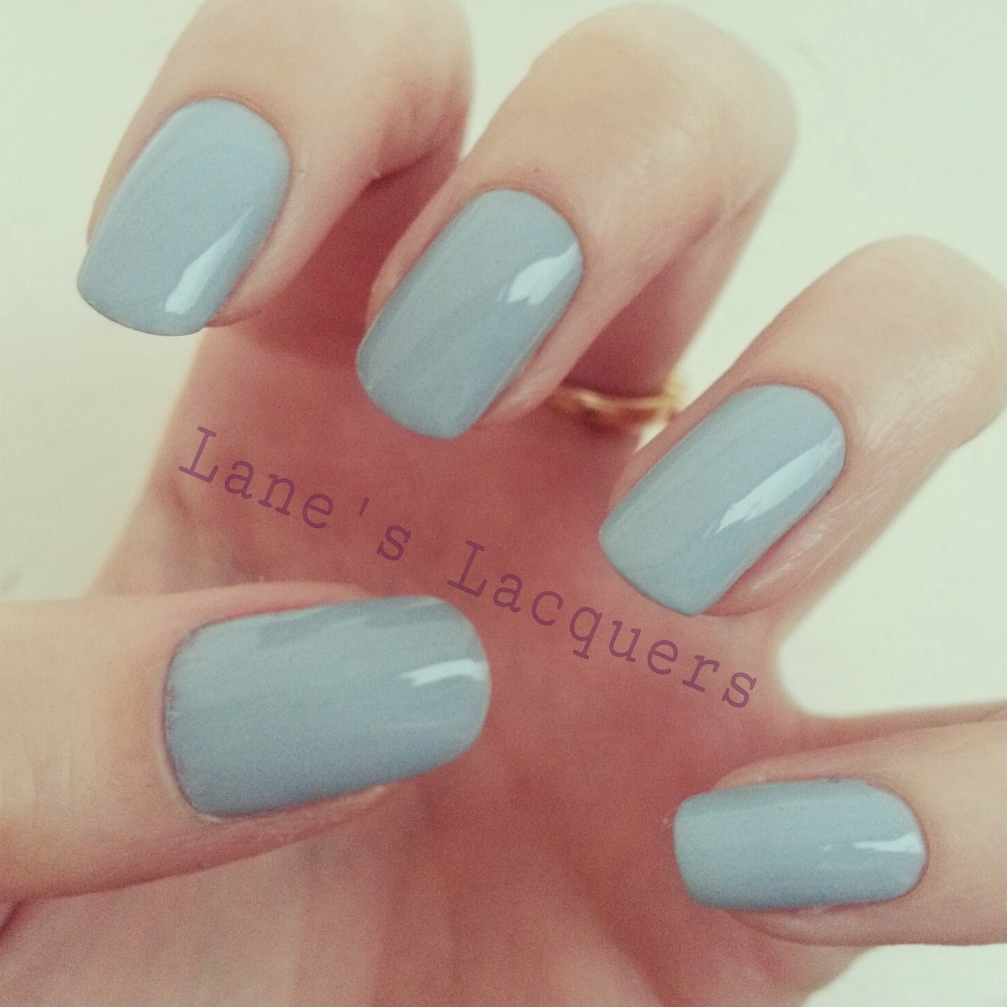 nails-inc-sheraton-street-swatch-manicure