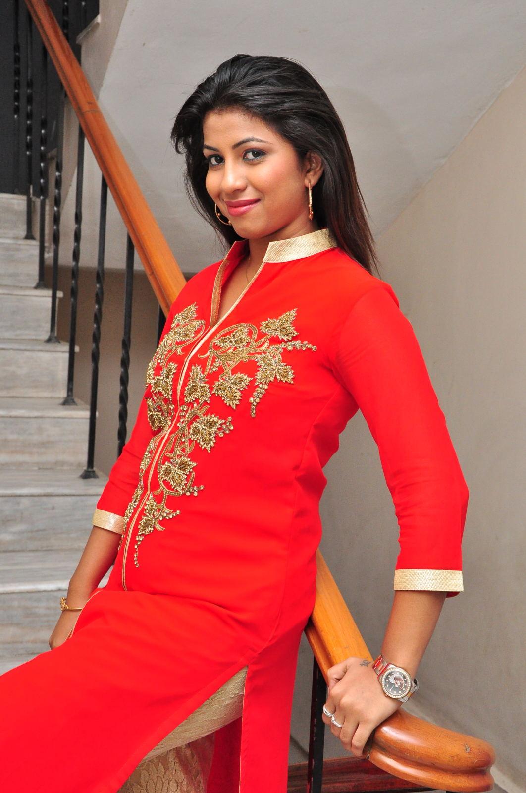 Geethanjali glam pics-HQ-Photo-2