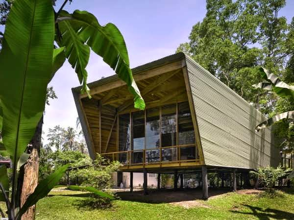 Costa Rica Contemporary House Design Built Using Traditional