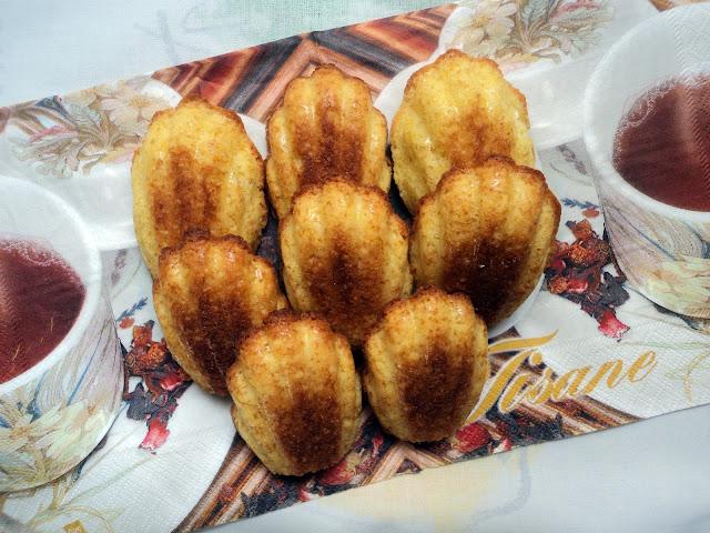 Receta casera de madeleines de naranja y almendras, Olor a hierbabuena