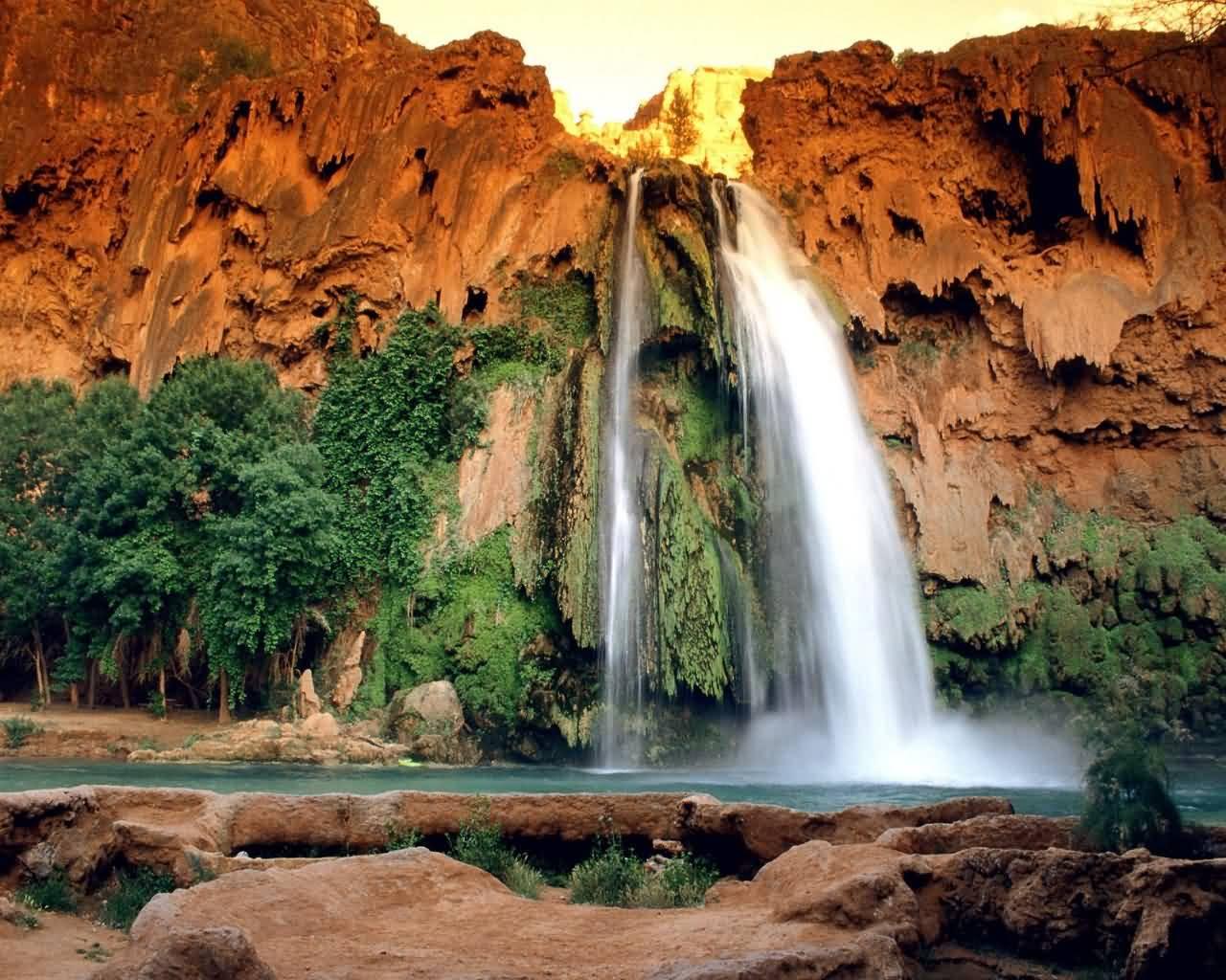 http://1.bp.blogspot.com/-CoTyJvkFbgU/TZVAXuLlLYI/AAAAAAAAAFA/sYQYjQSaa6o/s1600/nature-wallpapers-10.jpg