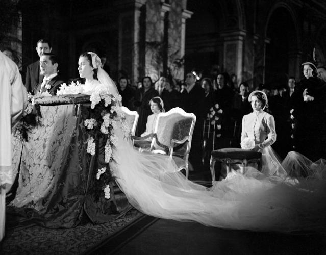 Matrimonio Alla Romana : Oggi sposi speciale matrimoni hollywoodiani linda
