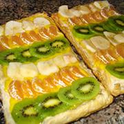 Hojaldre con frutas y crema pastelera